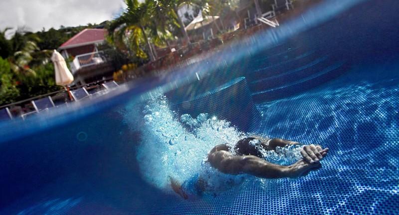 Hotel-LeVillage-piscine-swimming-05