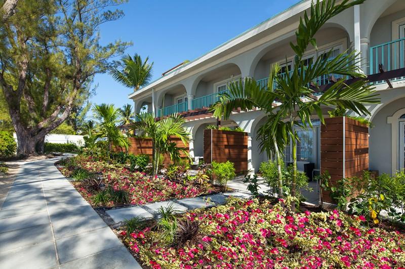 westin-grand-cayman-hotel-rooms-exterior