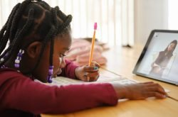 Online Learning Through The Eyes Of Parents